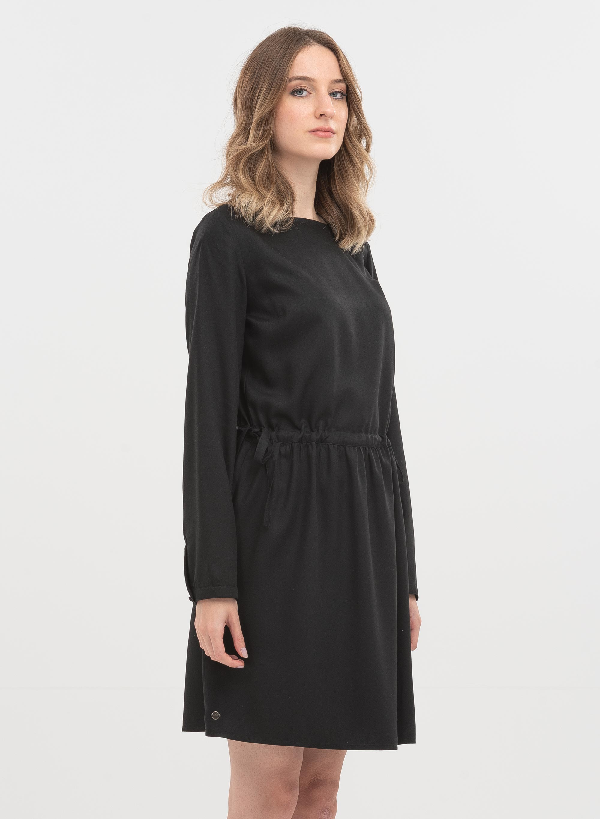 langarm-kleid aus tencel - black