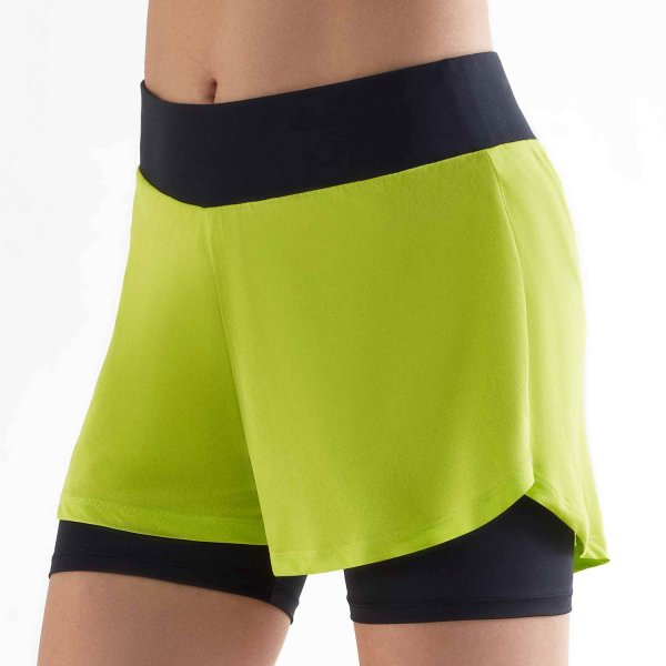 Workout Shorts aus Recycle-Polyester - black/pistachio green