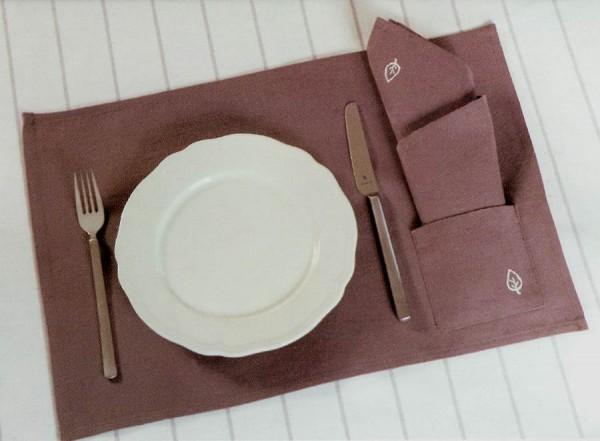 Platzset (Lieferung ohne Teller, Besteck und Serviette)