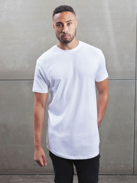 Organic Long Fit T-Shirt - white - Model