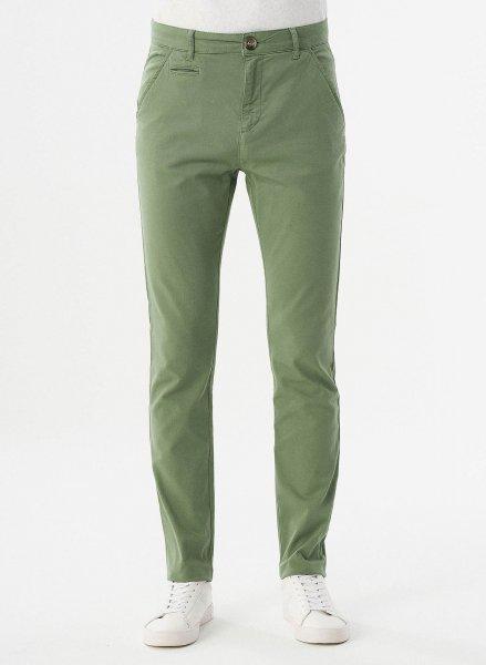 Slim Fit Chino-Hose aus Bio-Baumwolle - fern green