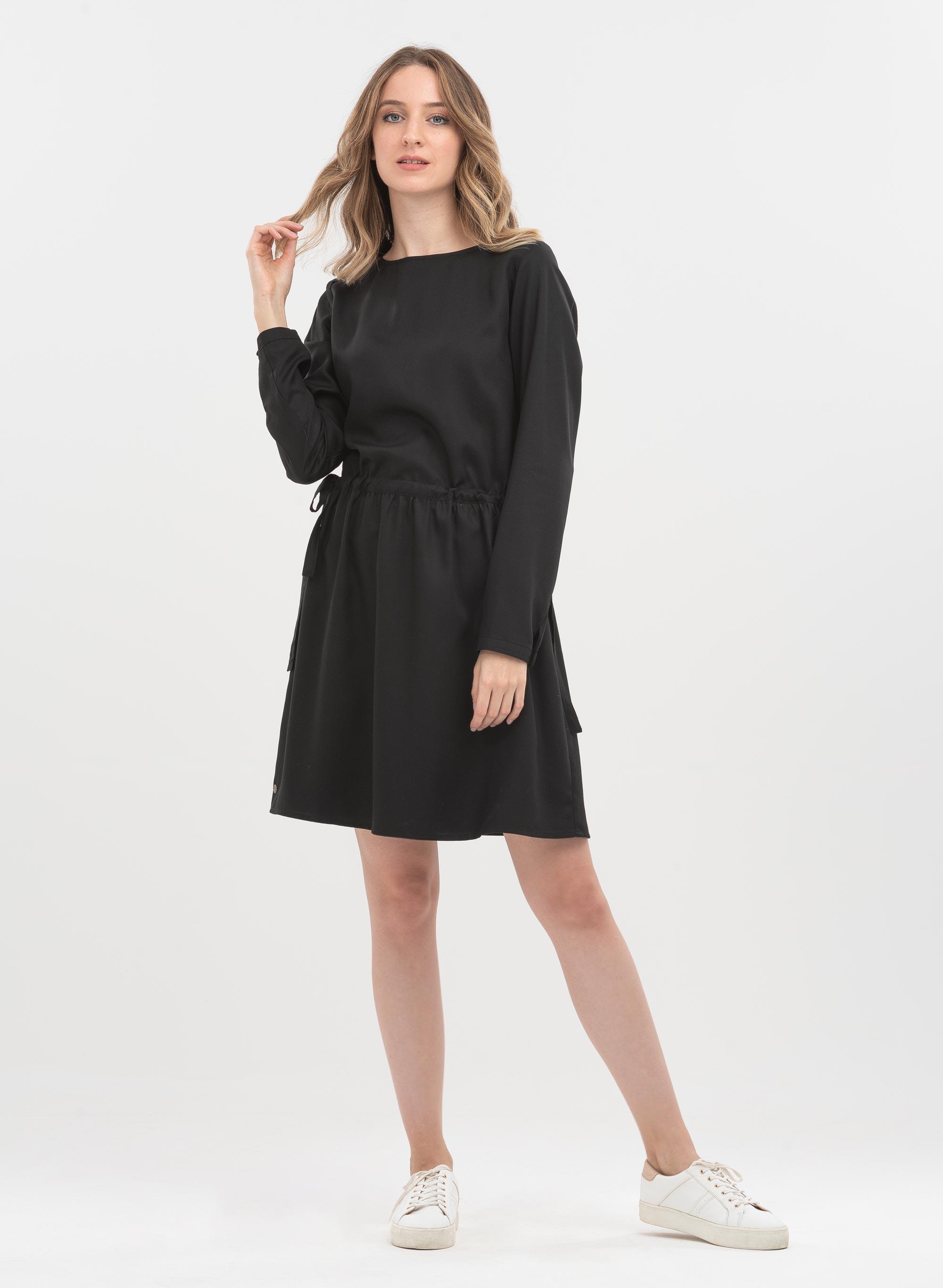 Schwarzes Kleid aus nachhaltigem Tencel | langarm ...