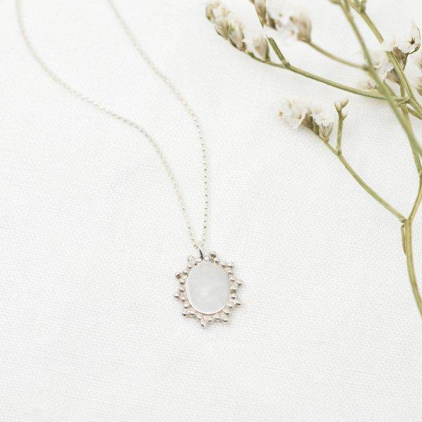 Filigree Medallion Necklace - Kette aus recyceltem Silber